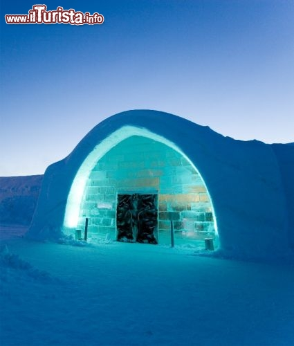Photographer: Ben Nilsson/Big Ben Productions - ICEHOTEL: Entrata