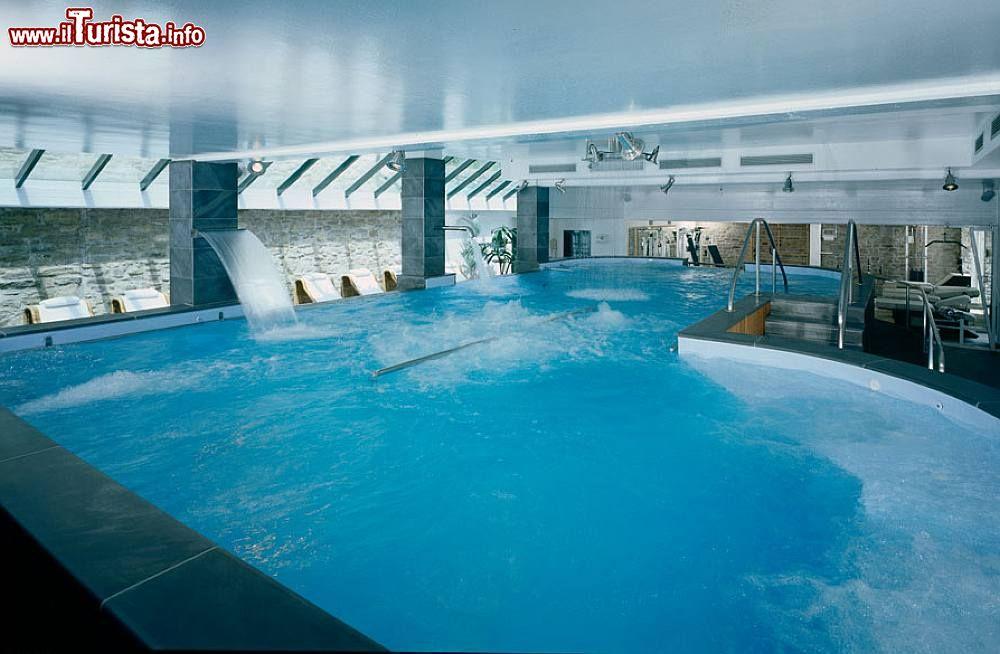 Lo stabilimento termale grand hotel terme roseo a bagno di romagna