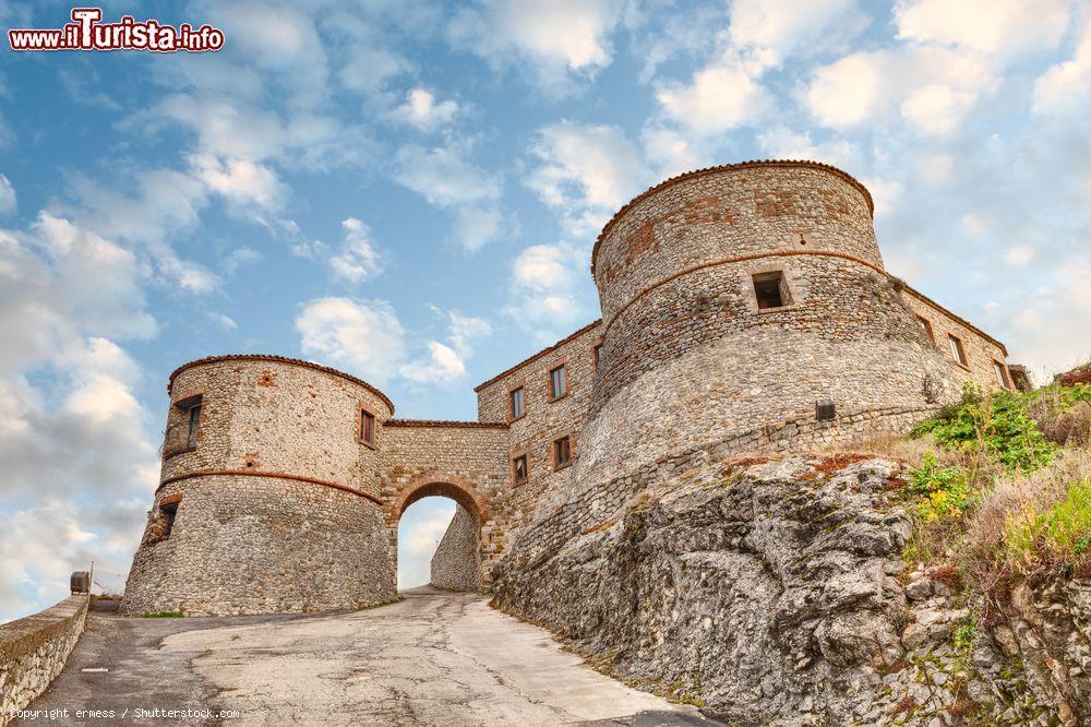 Cosa vedere e cosa visitare Castello di Montebello