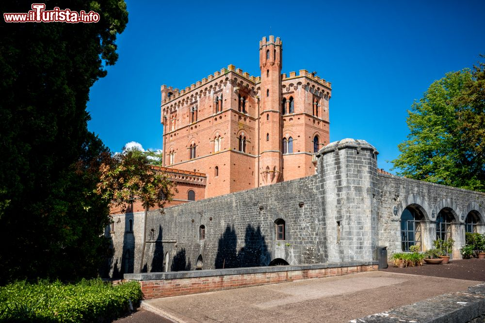 Cosa vedere e cosa visitare Castello di Brolio