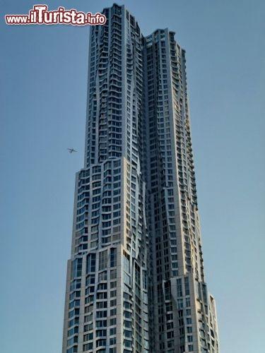 Skyscraper di frank gehry guarda tutte le foto for Appartamento grattacielo new york