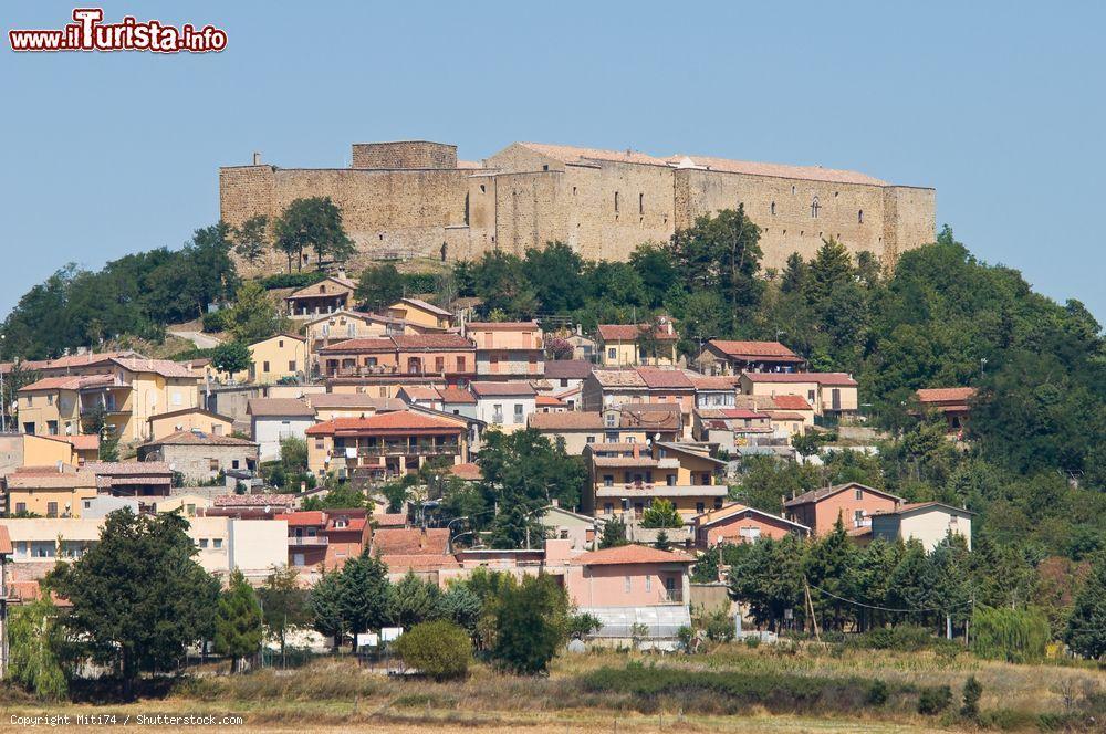 Cosa vedere e cosa visitare Castello di Lagopesole