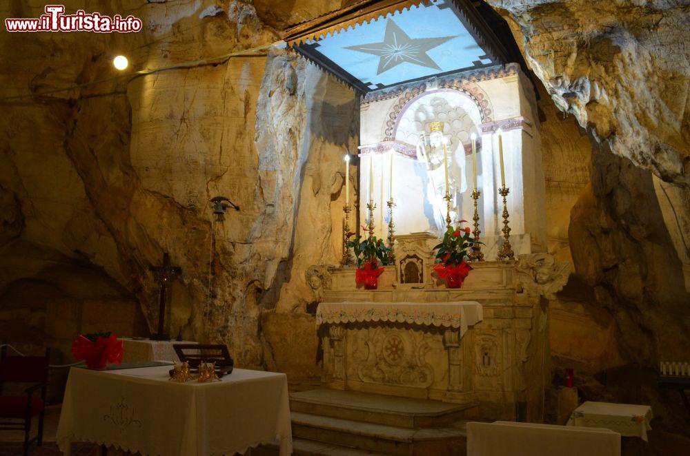 Cosa vedere e cosa visitare Grotta Santuario di San Michele Arcangelo