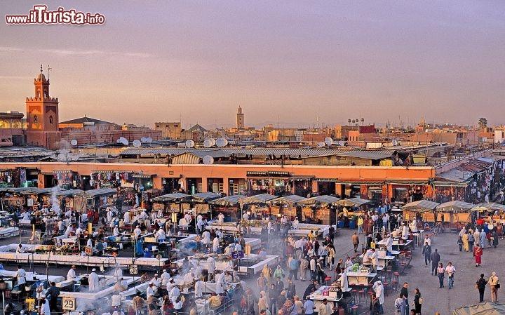 Cosa vedere e cosa visitare Djemaa el-Fna