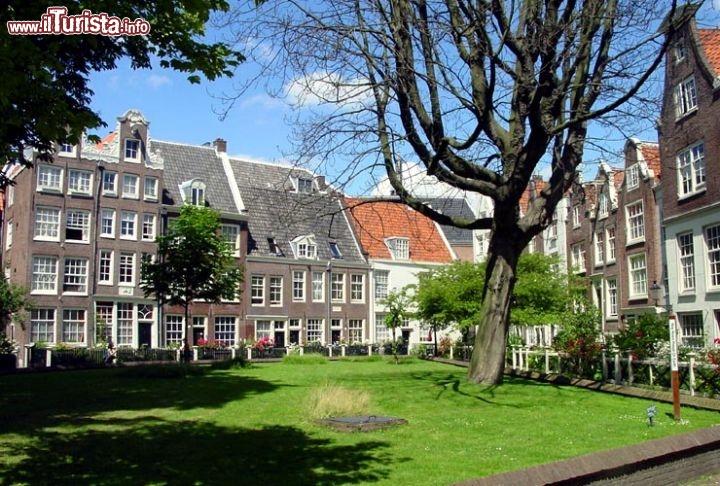 Cosa vedere e cosa visitare Begijnhof