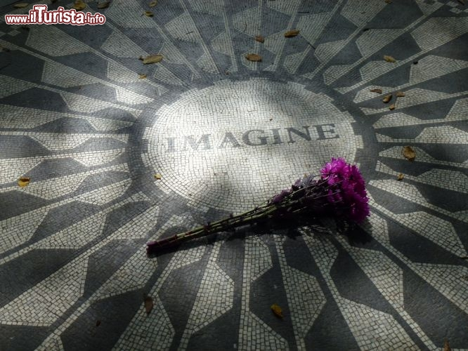 Immagine Strawberry Fields Memorial a Central Park