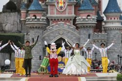 Spettacolo Disney Showtime - � Disney. All rights ...