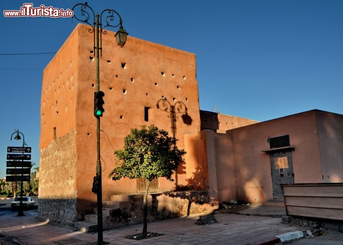Addio a Marrakech e alle sue mura