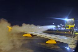 Deicing: easyJet si dimostra una low cost high ...