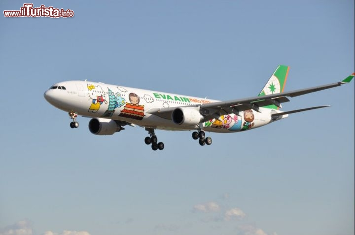 L'aereo EVA Air Hello Kitty in volo - Foto cortesia, EVA Air - www.evaair.com