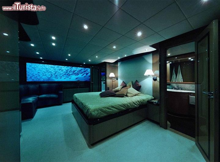 La lussuosa Camera da letto del Lovers Deep - Dalla unica camera ...