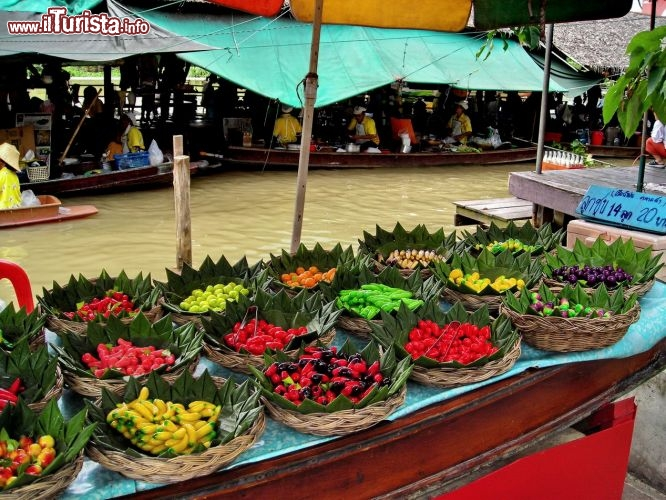 I colori del floating market di Bangkok