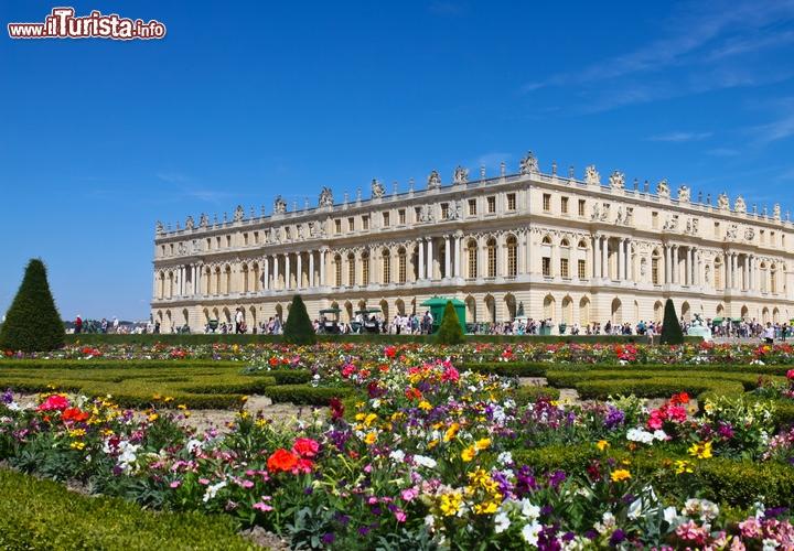 Charles Che Arredo La Reggia Di Versailles Of Reggia Di Versailles Versailles Francia Ecco L Emblema