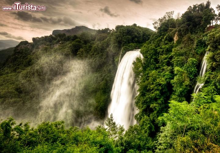 Le cascate pi belle grandi o spettacolari del mondo 43 for Statua piu alta del mondo