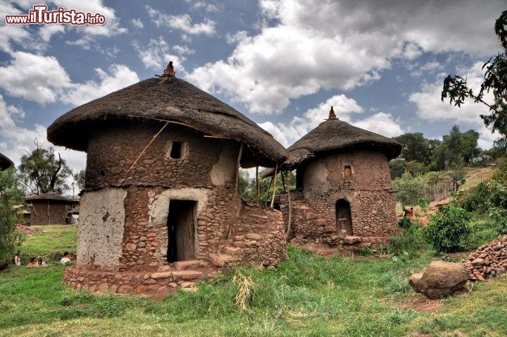 Casa tradizionale a lalibela in etiopia in etiopia con i for La casa toscana tradizionale