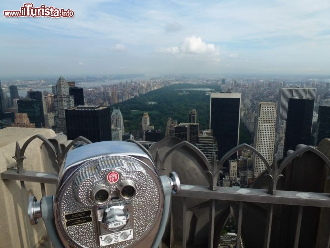Immagine Binocolo per l'osservazione dall'Observatory Deck del Rockfeller Center il Top of the Rock