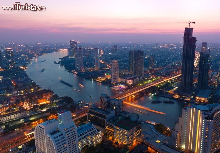 La capitale piu calda del mondo bangkok tailandia for Statua piu alta del mondo