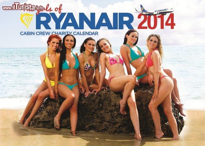 Calendario Ragazze.Retro Copertina Assistenti Di Volo Calendario Ryanair 2014