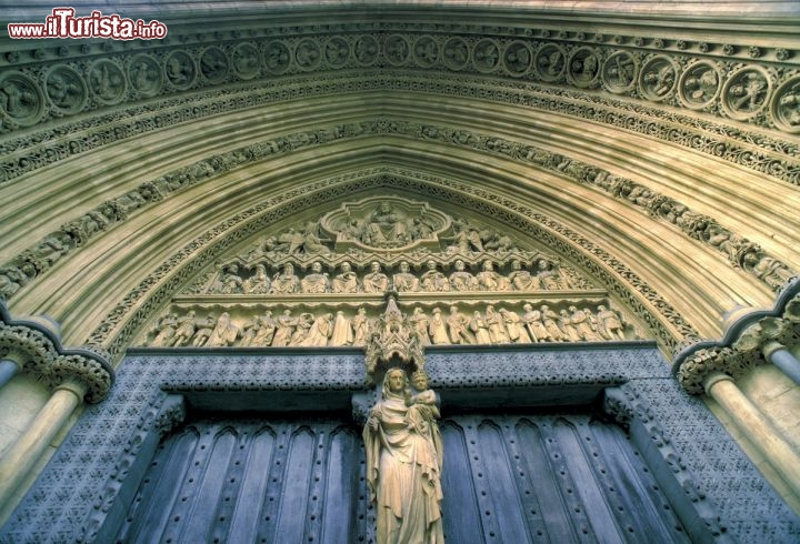 Immagine Dettaglio porta nord Westminster Abbey, Londra - © visitlondonimages/ britainonview