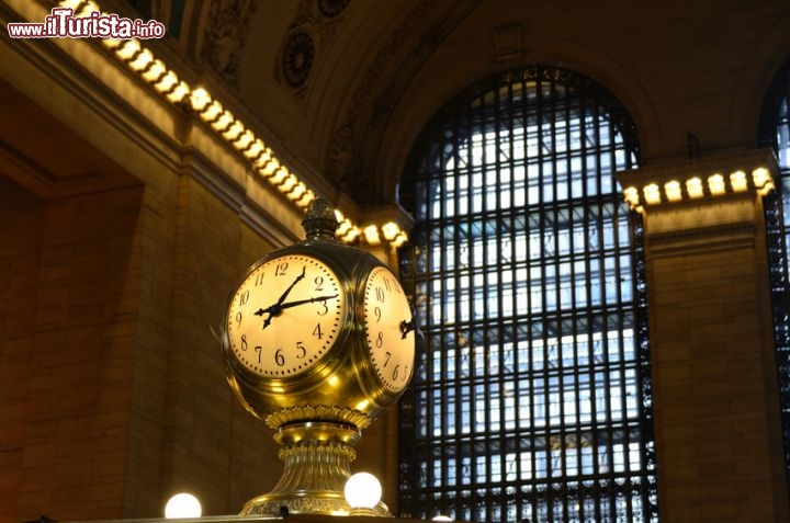 Immagine Orologio alla stazione Grand Central di New York City - © SeanPavonePhoto