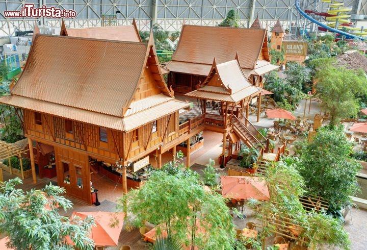 Abitazioni all 39 interno di tropical islands situato tra for Immagini abitazioni