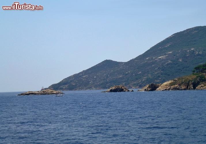 Le scole gli scogli dove urt la nave concordia isola del for Palma de maiorca dove soggiornare