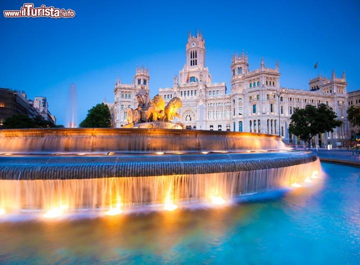 Le fontane pi belle del mondo dalle pi alte e grandi for Saneamientos bellavista madrid