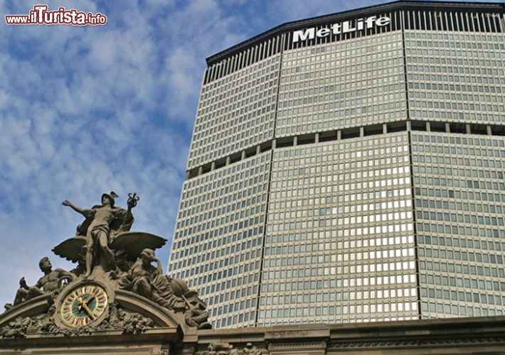 Immagine Il MetLife Building e la Grand Central Terminal in primo piano