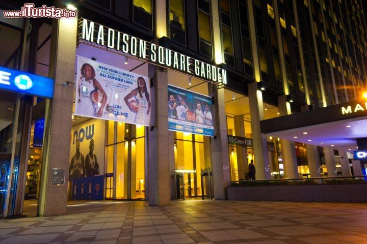 L 39 ingresso del madison square garden a new foto new york city madison square garden for Puglia garden city ny
