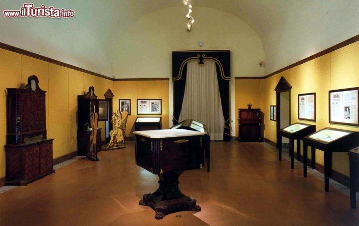 Una delle sale all 39 interno del museo archeologico for Interno delle piantagioni del sud