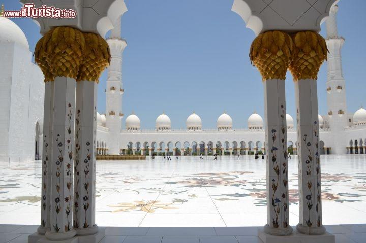 Cosa vedere e cosa visitare Grande Moschea di Sheikh Zayed
