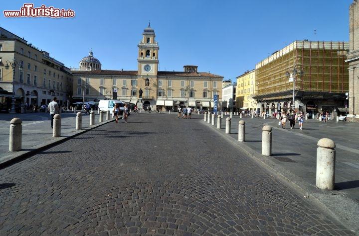 Cosa vedere e cosa visitare Piazza Garibaldi