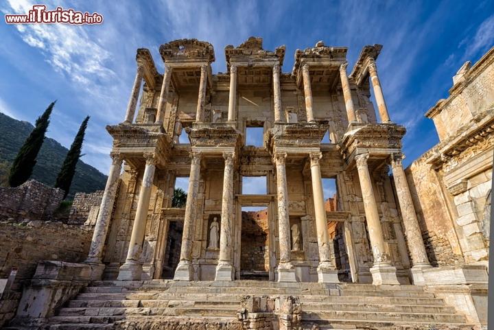 La citt di efeso turchia fu una delle pi importanti for Siti di foto