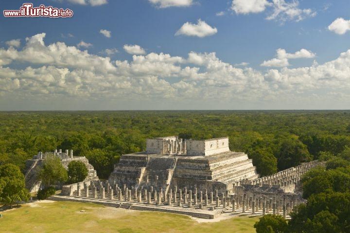 Chich n itz messico nella foto il tempio dei guerrieri - Un giorno di sole gemelli diversi ...