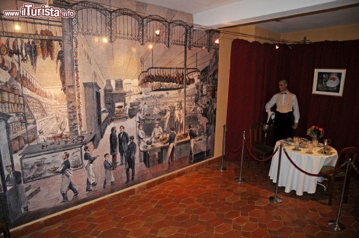 Salone auguste al museo escoffier di villeneuve foto villeneuve loubet museo auguste escoffier - Home salon villeneuve loubet ...