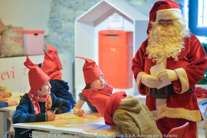 La Casa Di Babbo Natale Immagini.La Casa Di Babbo Natale A Riva Del Garda Date 2019