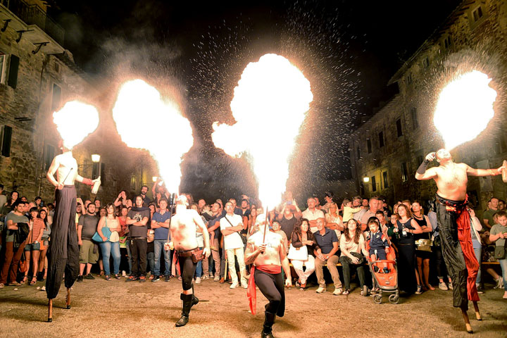 Festa dei Barbari Castel Rigone