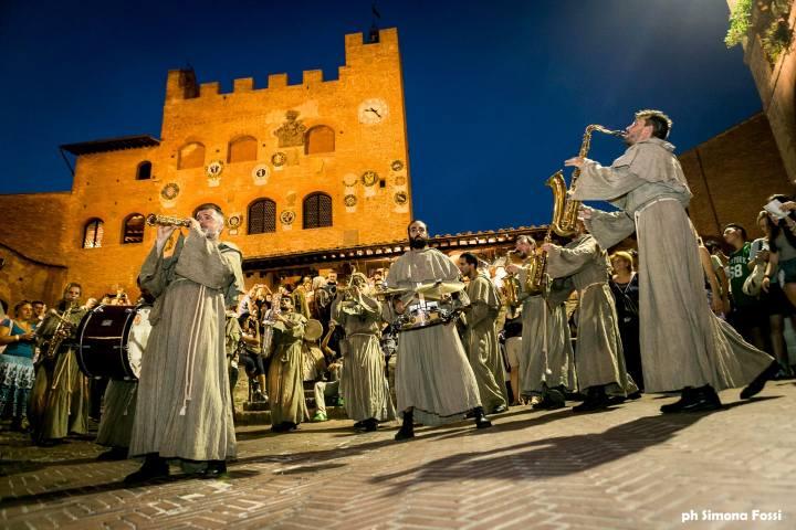 Mercantia festival internazionale del teatro di strada Certaldo