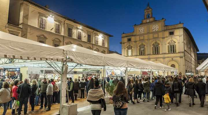 Mostra mercato nazionale del Tartufo bianco Città di Castello