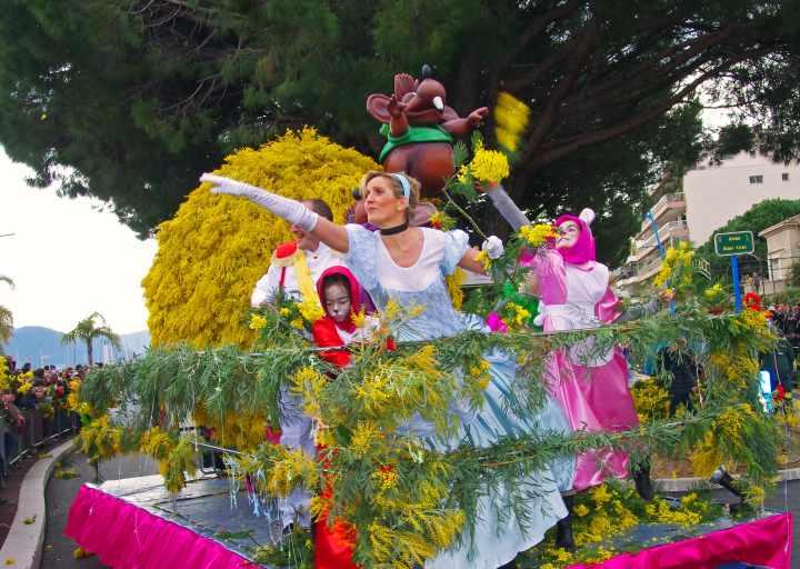 Fête du Mimosa Mandelieu-La Napoule