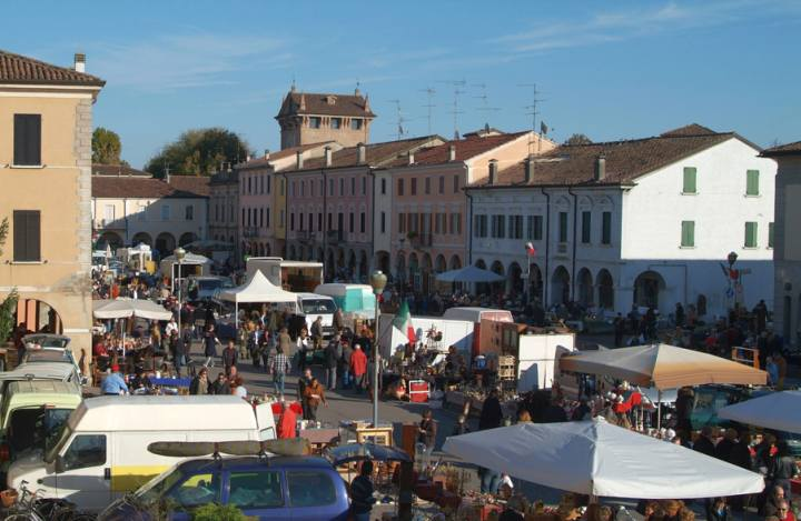 C'era una volta Gonzaga, mercatino dell'antiquariato Gonzaga