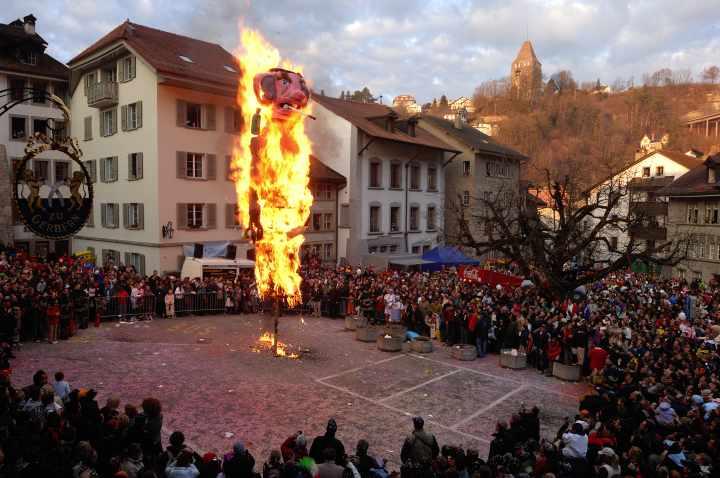 Carnaval des Bolzes Friburgo
