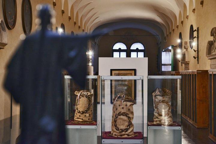 Inclusa est flamma. Ravenna 1921: il Secentenario della morte di Dante Ravenna