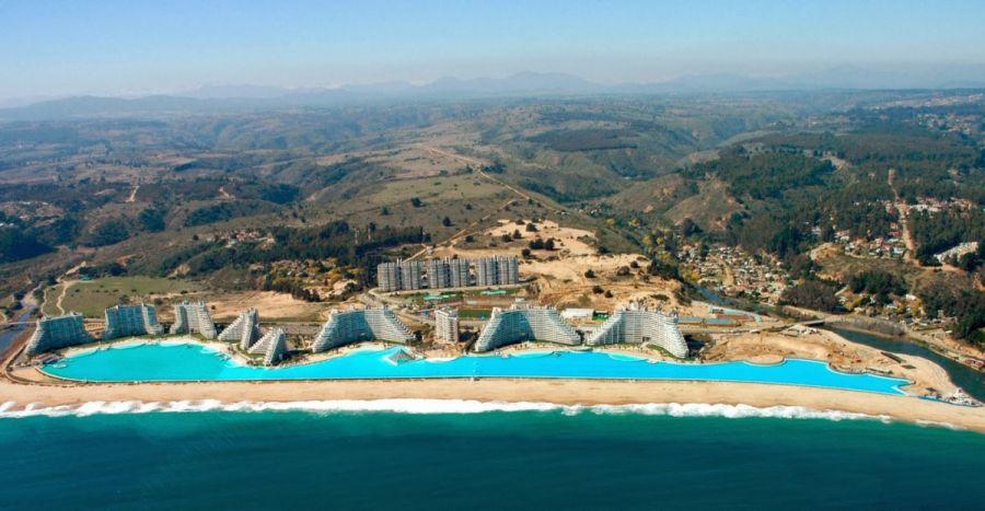Algarrobo mar resort con la piscina pi grande del mondo for Centro del algarrobo