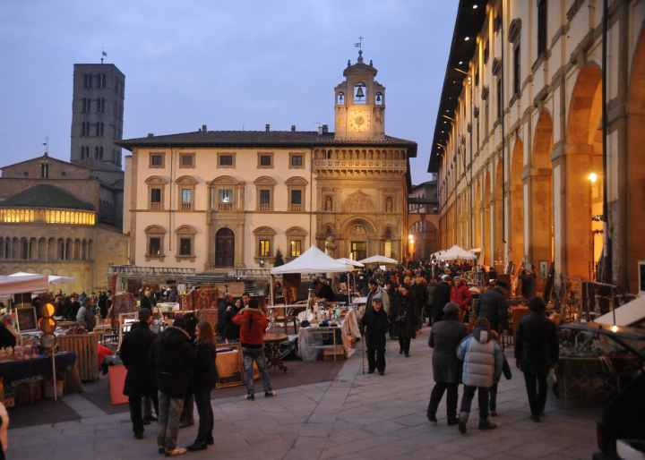 Immagini Mercatini Natale.I Mercatini Di Natale Ad Arezzo Date 2018 E Programma