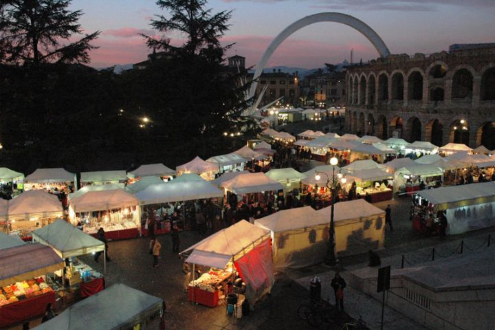 Natale in Piazza Verona