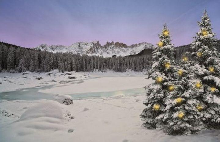 Magie natalizie Carezza al Lago