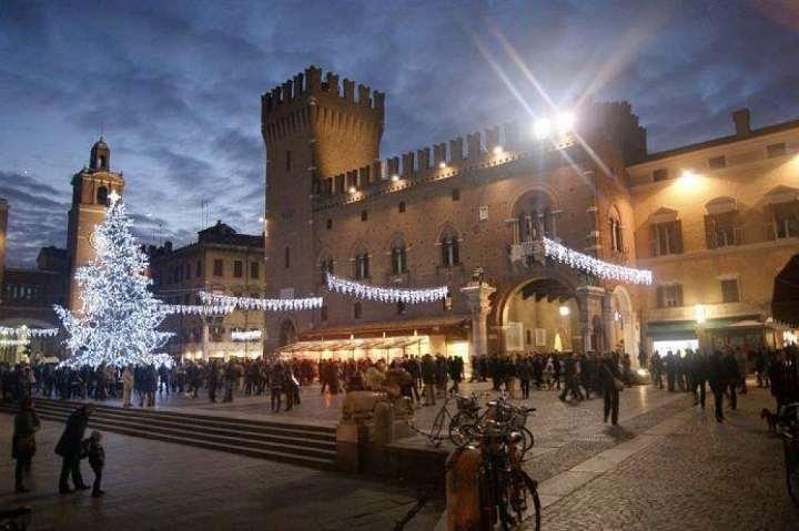 Natale è in Centro Ferrara