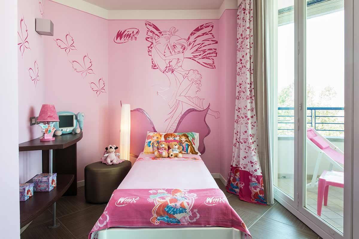 Hotel a tema per bambini in italia un soggiorno da fiaba for Gadget da piscina