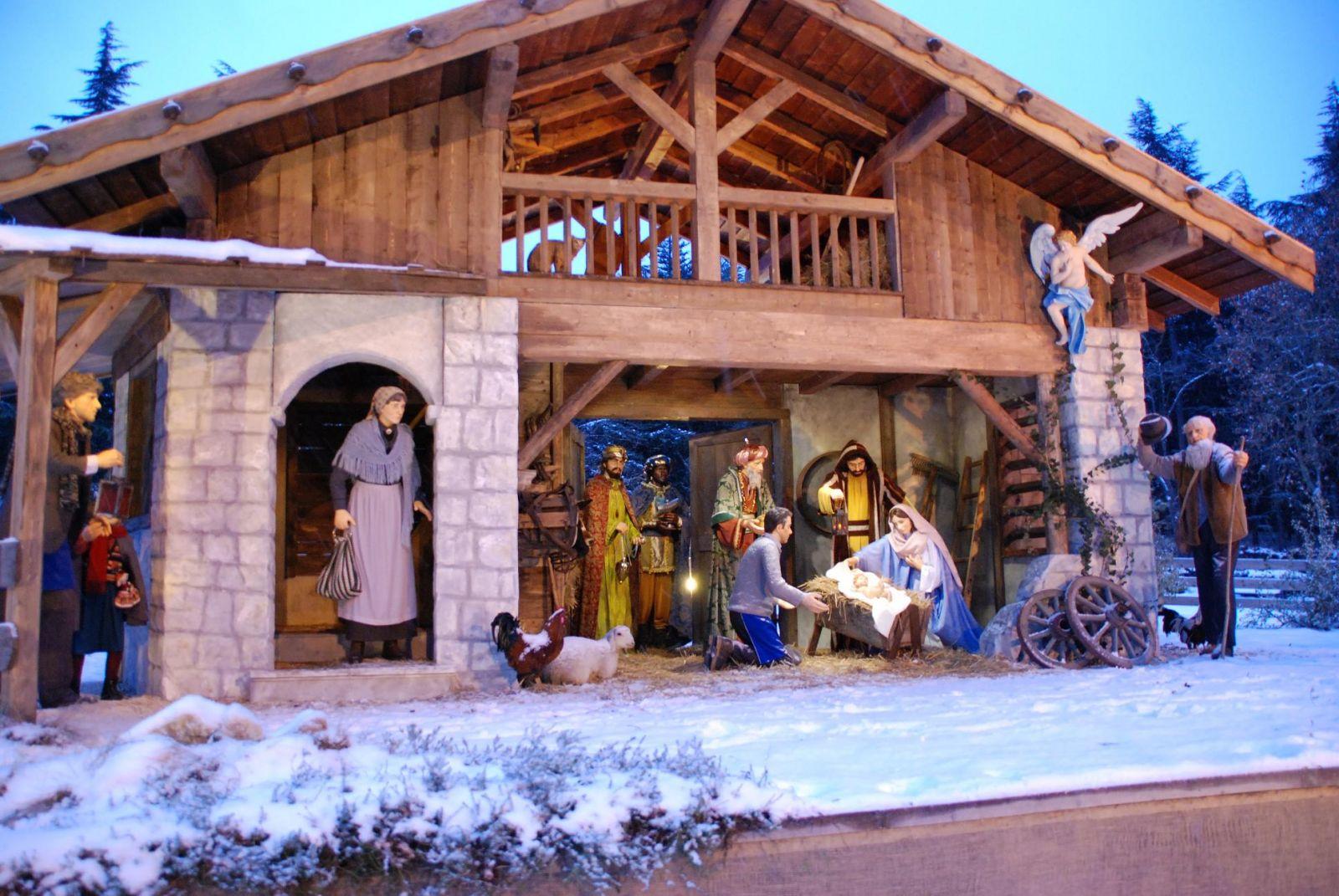 Ossana, il borgo dei 100 presepi Ossana